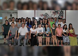 龙华民治会计培训第65期会计考证班毕业合影